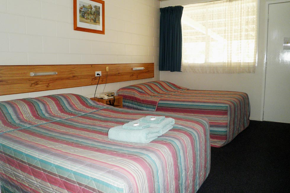 Roma Motel provides comfortable, well-appointed accommodation for the whole family.