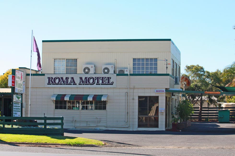 For professional customer service and a central location in Roma, make a reservation at Roma Motel today!